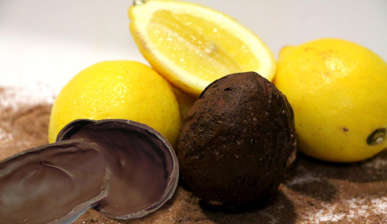 [:es]Cómo hacer un molde casero de huevo de Pascua con un limón.[:en]How to make a homemade Easter egg mold with a lemon[:]