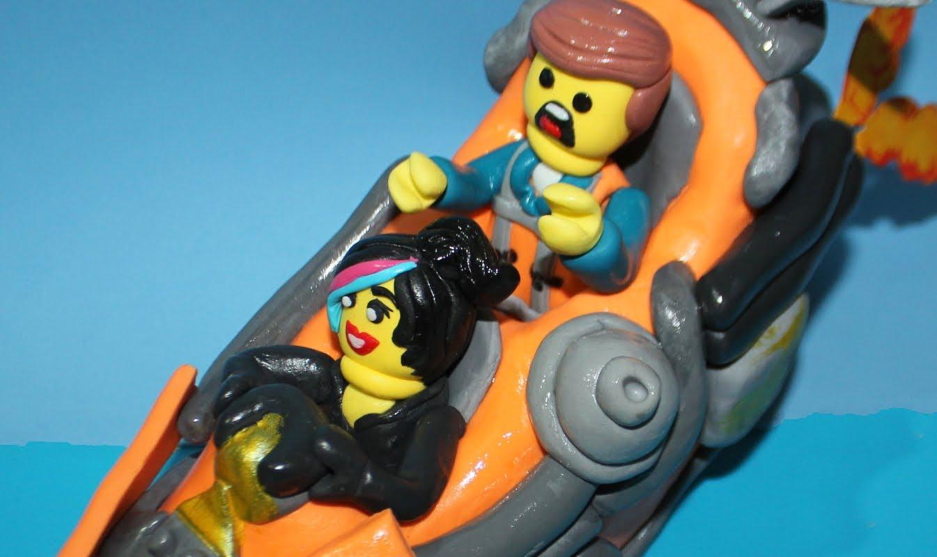 Tarta de LEGO. LEGO cake topper
